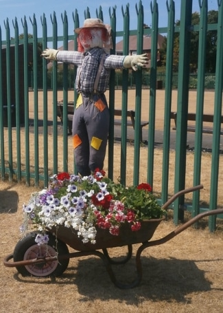 Highfield Park's scarecrow in their Calliope Colour My Life entry in the 2018 Cultivation Street competition